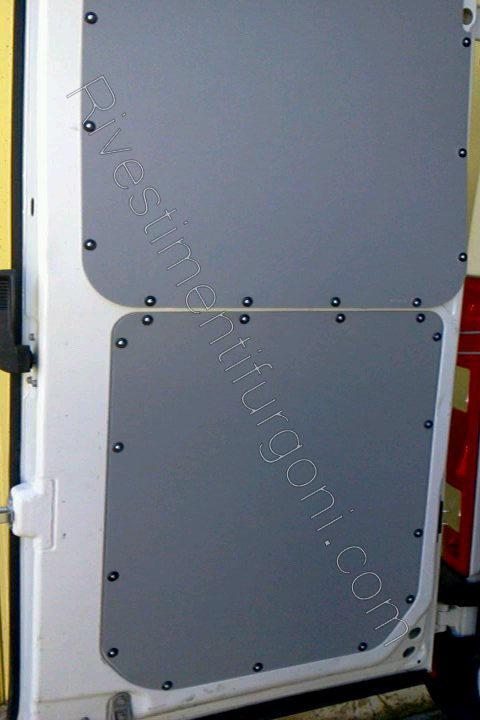 rivestimenti in polipropilene porta posteriore