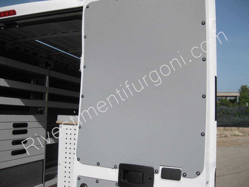 rivestimento e allestimento veicoli commerciali