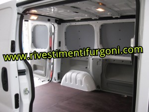 Pannellature-in-polipropilene-pareti-laterali-furgone