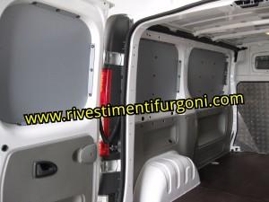 Pannellature-per-furgone-in-polipropilene-parerti-laterali